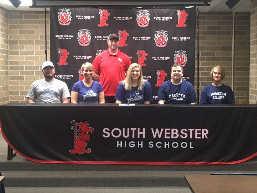 Baylee signed with Marietta